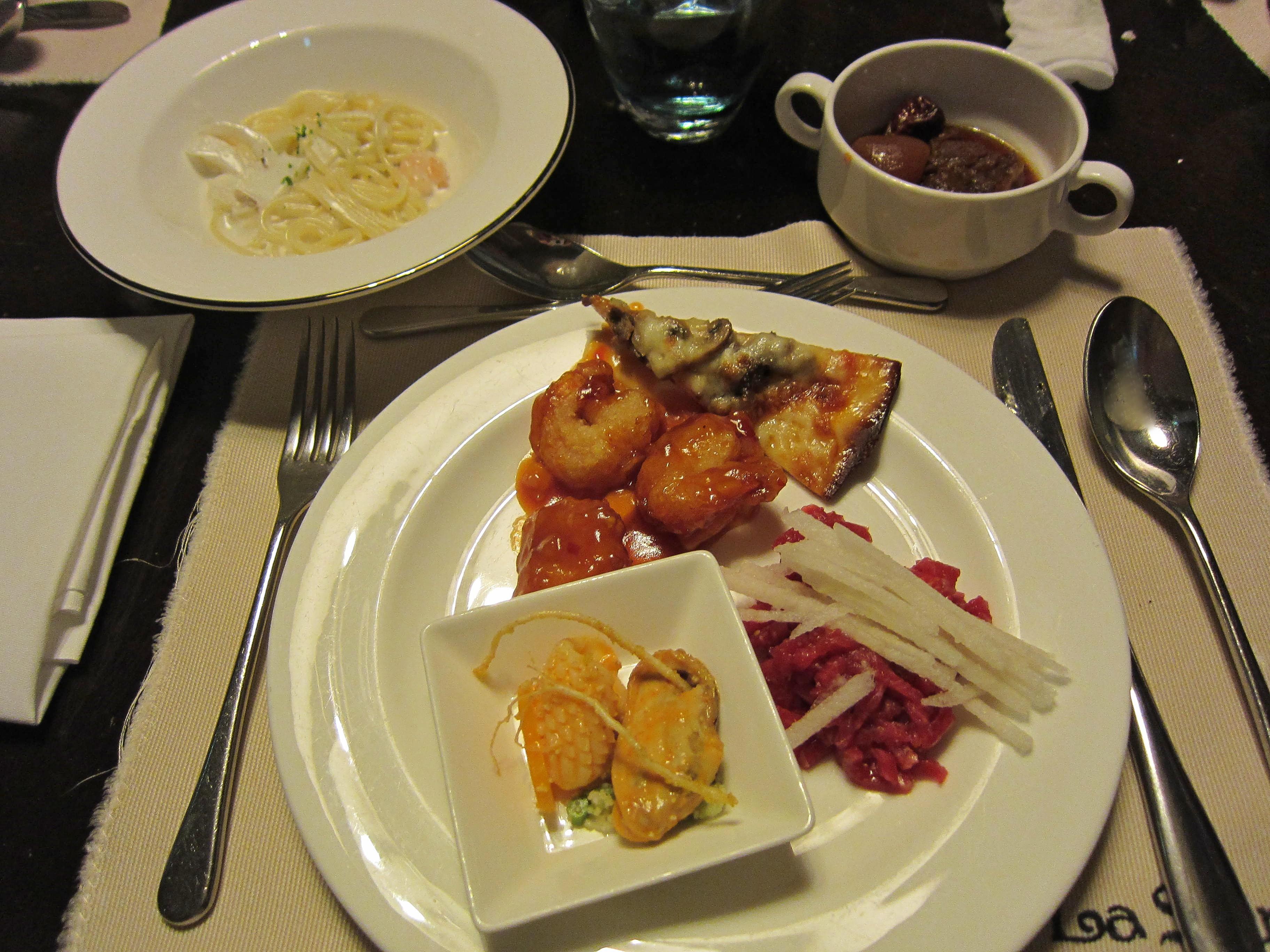 Sumptuous Dinner at Lotte Hotel World's La Seine Buffet ...
